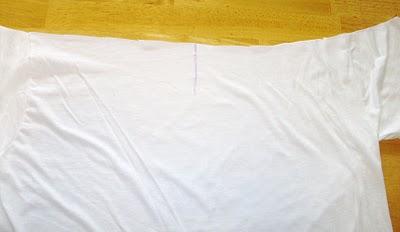3331 Eski tişörtten yeni bluz