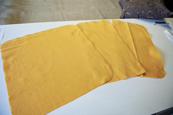 Felt Sunflower Pillow 03 Dekoratif yastık: Çiçek desenli keçe dekoratif yastık nasıl yapılır?