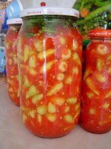 domatesli biber turşusu